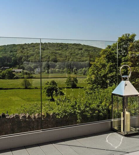 Stylish Outdoor Railing Systems