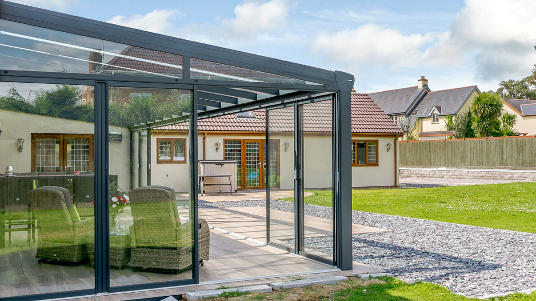 Glass Garden Room in South Wales